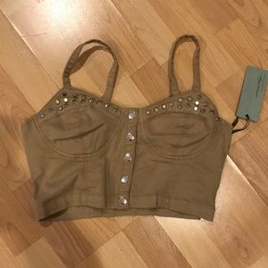 NWT studded snap up crop top w/ adjustable straps